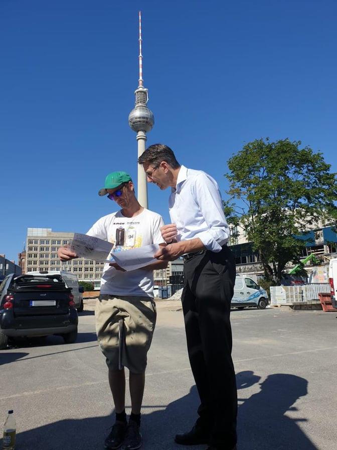 """Alexanderplatz: Eines der größten Street-Art-Projekte Berlins geht unter dem Motto """"Wir sind Europa"""" in die nächste Runde"""